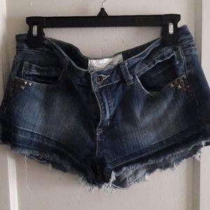💖💖Dollhouse jean shorts size 9